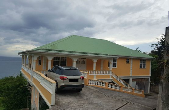 4 Bedroom Home &#038&#x3B; 2 Apt. Residential Building For Sale In Jimmit