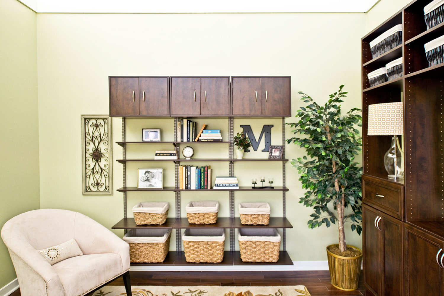 how to organize the living room simple tips to keep your living room organized millenia 26667