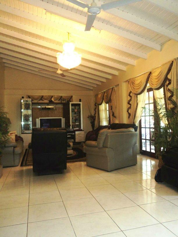 Dominica Real Estate: 5 Bedroom Home For Sale In Morne Daniel