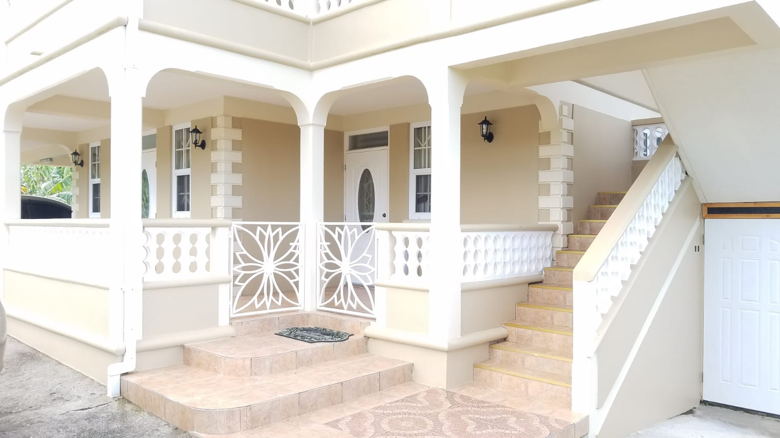 Dominica Real Estate: Building For Sale In Balvine, Picard, Portsmouth